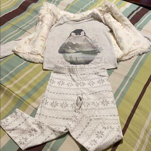 Toddler Girls Vest, Top & Legging. GUC